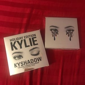 Kylie Cosmetics - The Holiday 2016 Palette